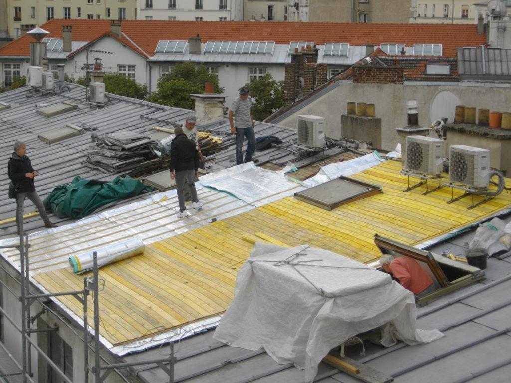 Travaux sur les toits, Paris, 2013, ©Philippe Bonnin