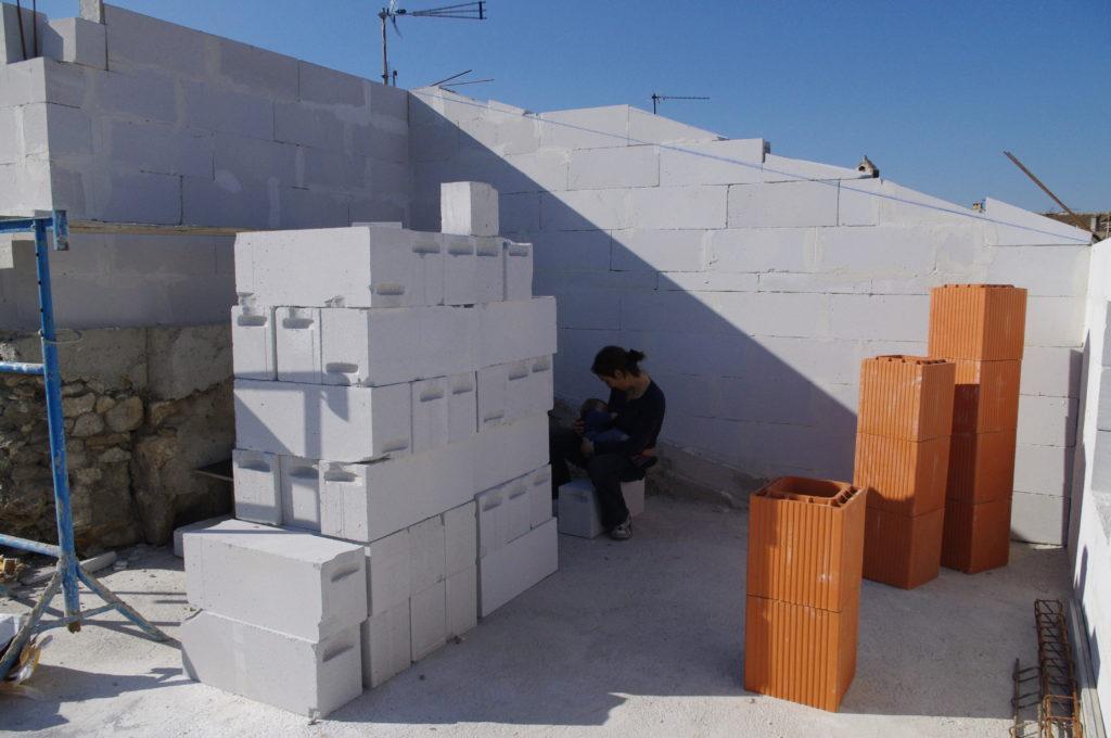 Vaucluse, chantier maison (2010-2012), Allaitement. Habitant