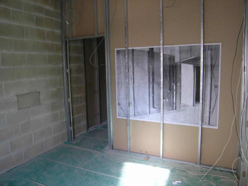Marie-Jeanne Hoffner, «Hide the Image», Cabot Circus Construction Site, Bristol, UK, 2008. Pour BS1-Project, sur une invitation de Neville Gabie.