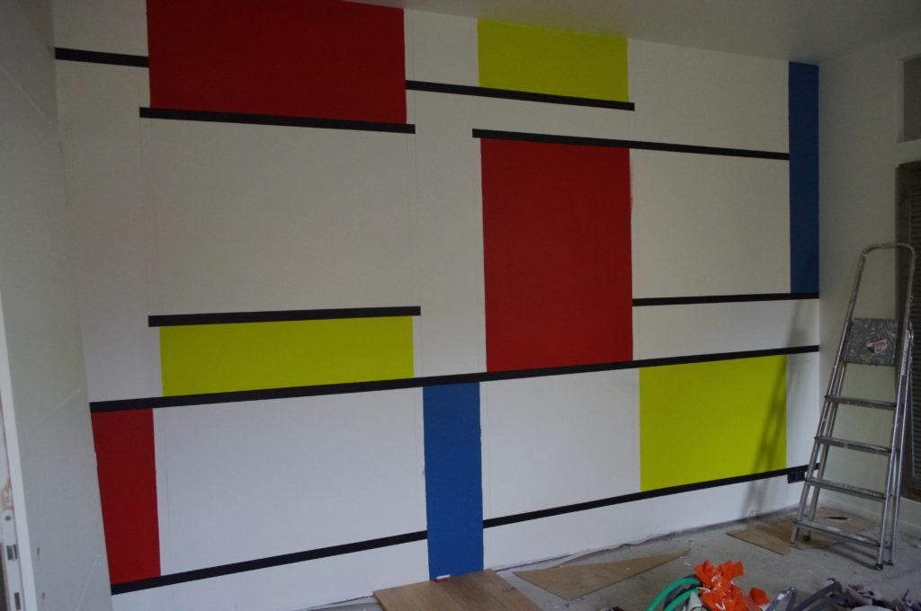 Vaucluse, chantier maison (2010-2012). Reproduction Mondrian, débuts. Habitant